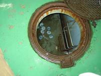床下海水貯水庫にセットされたマーキュリー